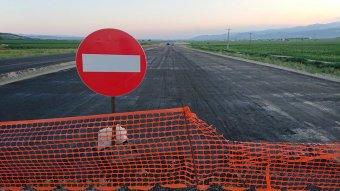 """""""Ostobaságadóra"""" mennek el az autópálya-építésre szánt pénzek"""
