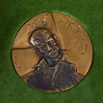 Több erdélyi vagy erdélyi származású szerző részesült József Attila-díjban március 15. alkalmából
