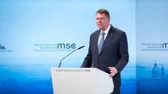 A müncheni biztonságpolitikai konferencián szólalt fel Johannis – az államfő szerint fokozott európai elkötelezettség szükséges