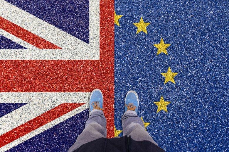 Már több mint ötmillió EU-állampolgár kért letelepedési engedélyt Nagy-Britanniában