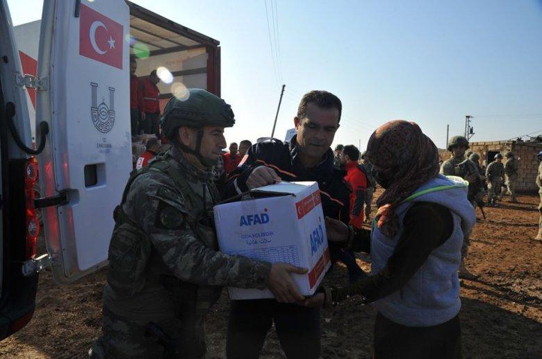 Migráció: tábori felszerelésekkel segítik Görögországot a román hatóságok