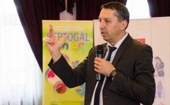 A magyarországi példát ajánlja az illetékes román miniszter figyelmébe a BBTE rektora