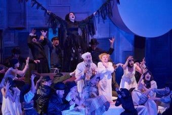 Az újrakezdés története a színpadon: a kolozsvári magyar színház és az opera is nagyszabású előadásokkal várja a közönséget