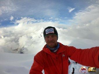 A Mount Everest meghódítására indul Varga Csaba nagyváradi hegymászó