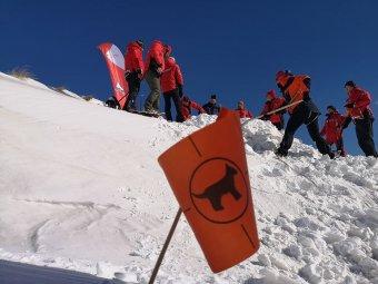 Halál a hegyen: lavina sodort el egy turistacsoportot a Fogarasi-havasokban