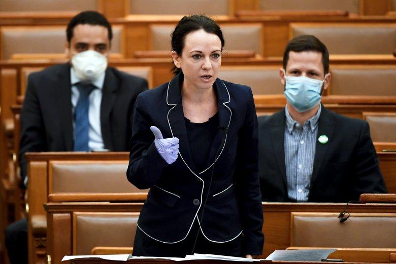 Elítélték a külhoni politikusok Szabó Tímea nyilatkozatát, a ...