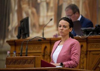 Szóvá tette a magyarországi ellenzék a határon túlra eljuttatott kormányzati adományokat