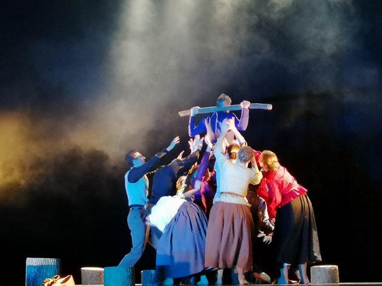 Idén is elindul az Aradi Kamaraszínház szórvány kulturális karavánja