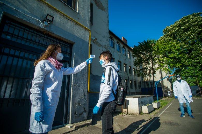 Egészségügyi miniszter: 48 óra alatt felmérik a fertőzöttek helyzetét