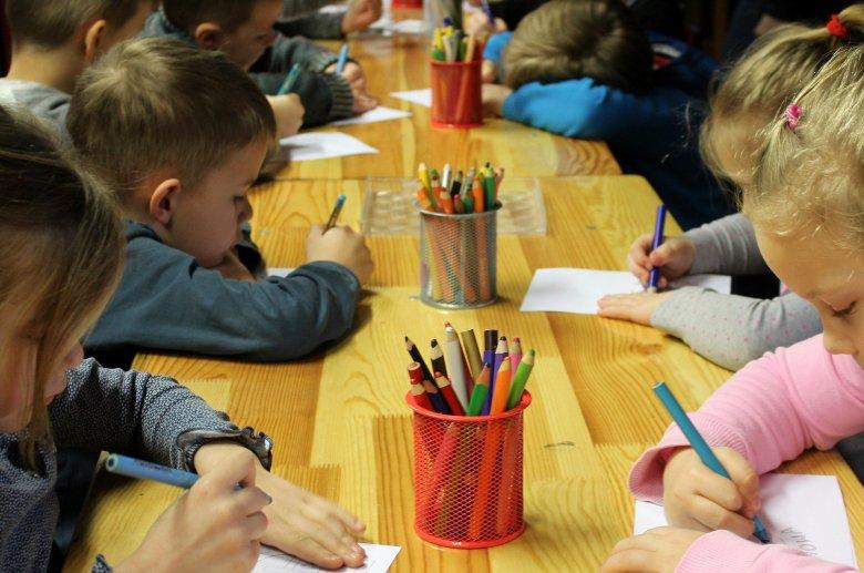 Felkutatják a gyerekeket: a következő tanévtől kötelezővé válik az óvoda nagycsoportja