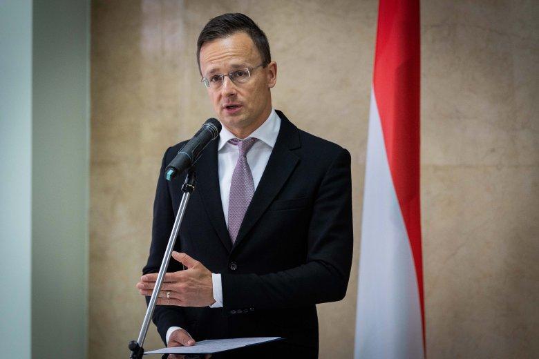 Üzent a magyar külügyminiszter Ukrajnának: a kisebbségi ügyek nem tekinthetők belügynek