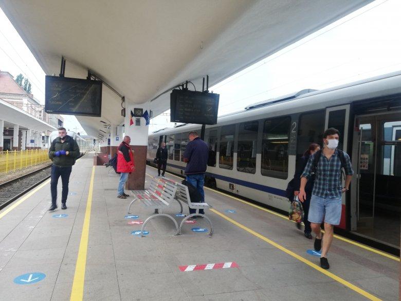 Sínen van a Kolozsvár–Nagyvárad vasútvonal helyreállításának terve
