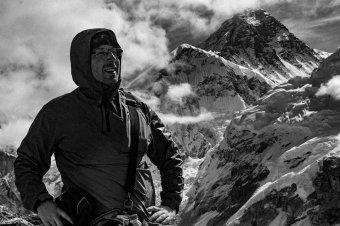 Magasságok és mélységek – Erdélyi színésznő lehet az Erőss Zsolt hegymászó özvegyéről szóló film főszereplője