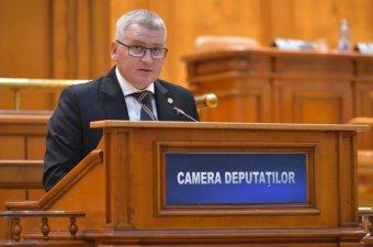Ezúttal a közigazgatási törvénykönyv hallgatólagos elfogadása borzolja a kedélyeket a román kormánypártban