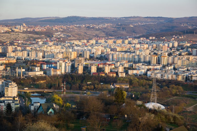 Kolozsváron kell a legtöbbet dolgozni azért, hogy saját lakásunk legyen