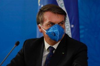 Megfertőzte a koronavírus a járvány súlyosságát bagatellizáló brazil elnököt