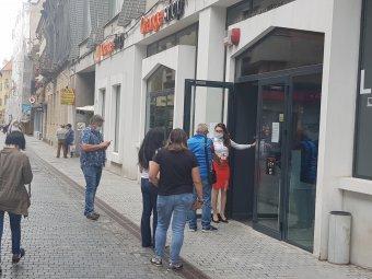 FRISSÍTVE – Többségi tulajdont szerez az Orange a Telekom romániai vezetékestelefon-szolgáltatásában