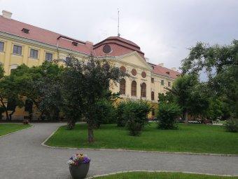 A nagyközönségé marad a püspöki palota kertje