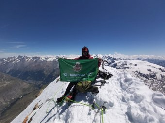 Kolozsvári csúcshódítás az Alpokban: zászlót is vitt magával Darabont Eduárd a Matterhornra