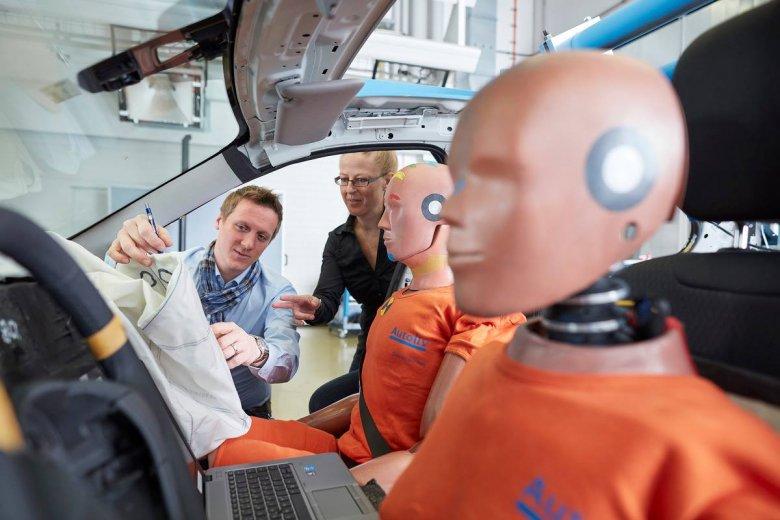 Romániába és Magyarországra hozza át németországi termelése egy részét az Autoliv