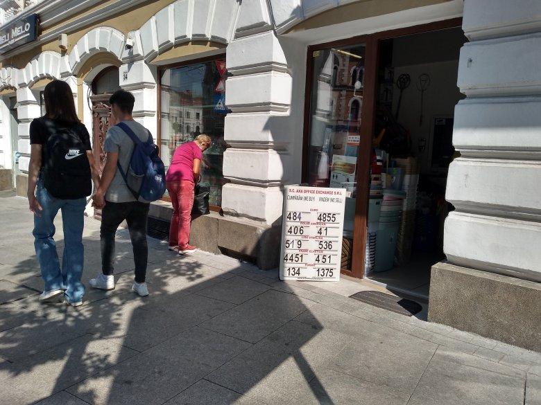 Lejre váltanák az euróban meghatározott számlákat Romániában