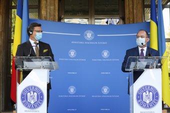 Ukrán külügyminiszter Bukarestben: Kijev nem problémaként tekint a kisebbségekre, ne szóljanak bele