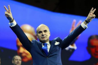Rareș Bogdan a székelyek kezét mutatná a külföldieknek