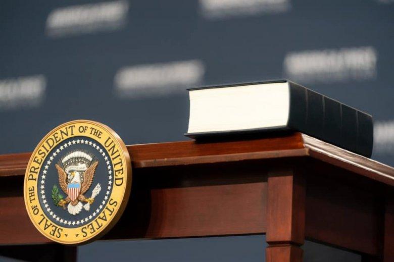 Megkezdődött Donald Trump alkotmányos felelősségre vonási tárgyalása