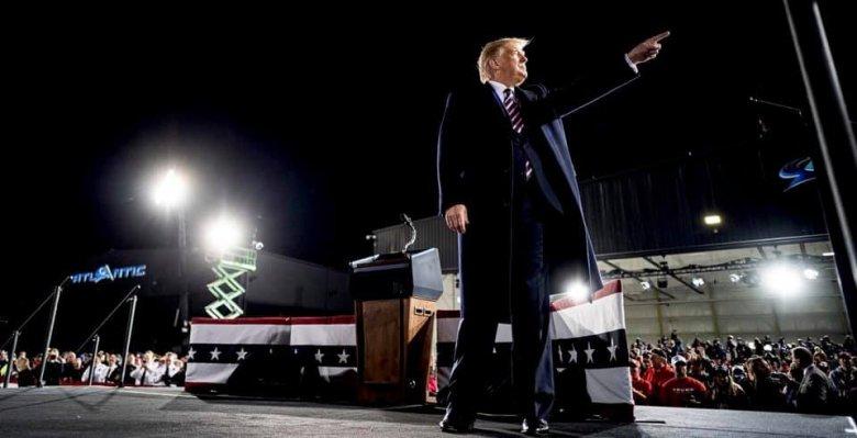 Trump győzelmének szurkol a magyar kormány
