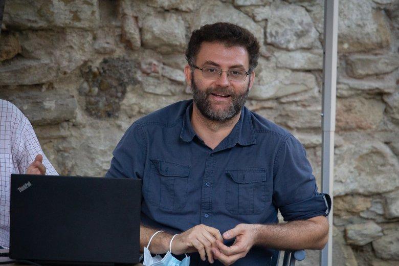 Hamarabb meghallják a hazahívó szót a fiatalok – Toró Tibor kutatási igazgató a nagyvilágban élő erdélyi magyarokról