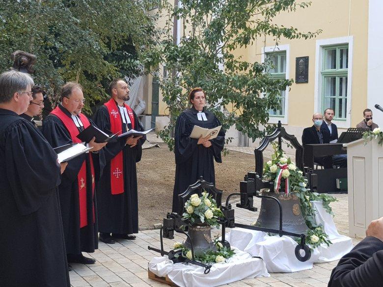A harang a templom szíve – két új harangot szentelt fel az evangélikus egyház Kolozsváron