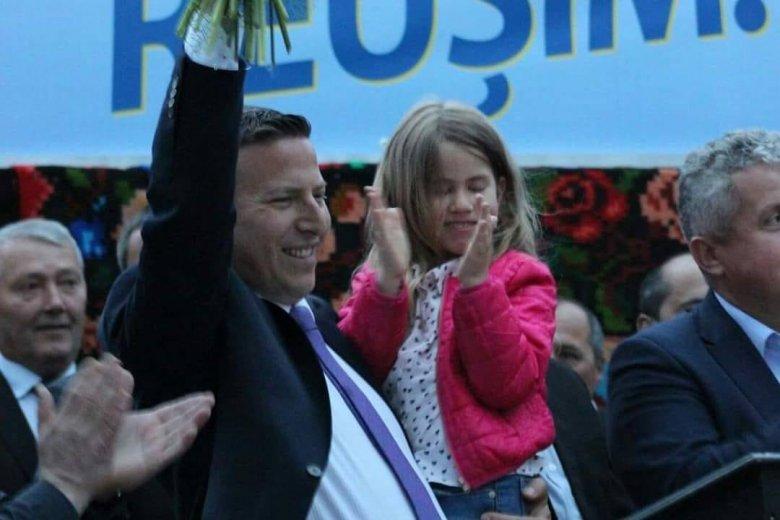Elveszítette mandátumát a kislányát megalázó oláhszentgyörgyi polgármester