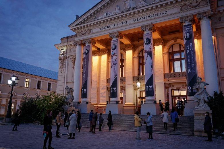 """Méltatlan kísérlet lenne a váradi """"kultúrmix"""" – Színházigazgató a magyar és román társulat összevonási tervéről"""