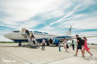 Csődbe mehet a Blue Air légi társaság, a képviselőház még kihúzhatja a kátyúból