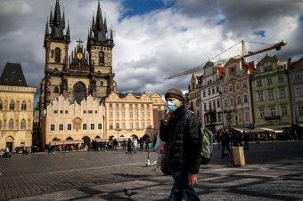 Az eddigi legszigorúbb korlátozások bevezetését tervezi a cseh kormány