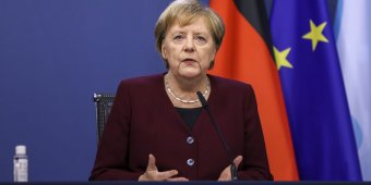 """Merkel: hátra van még három-négy """"nehéz hónap"""" a járványból"""