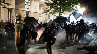 Zavargások törtek ki Philadelphiában, miután rendőrök agyonlőttek egy afroamerikai férfit