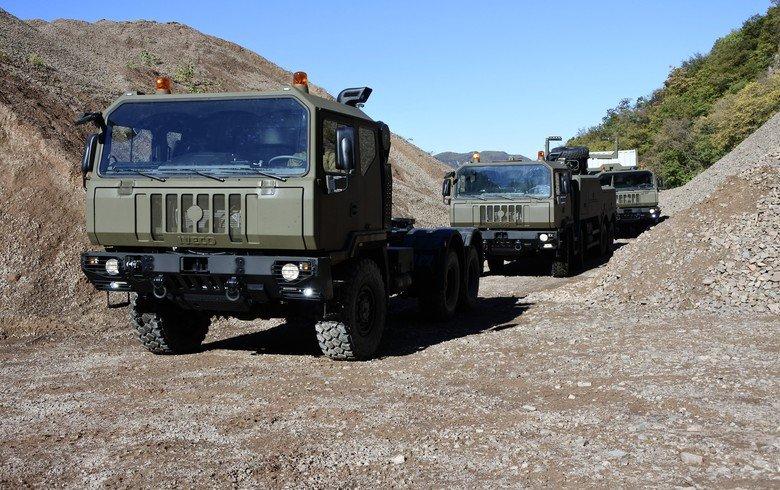 Több mint 200 millió euróért vásárol teherautókat a román hadsereg