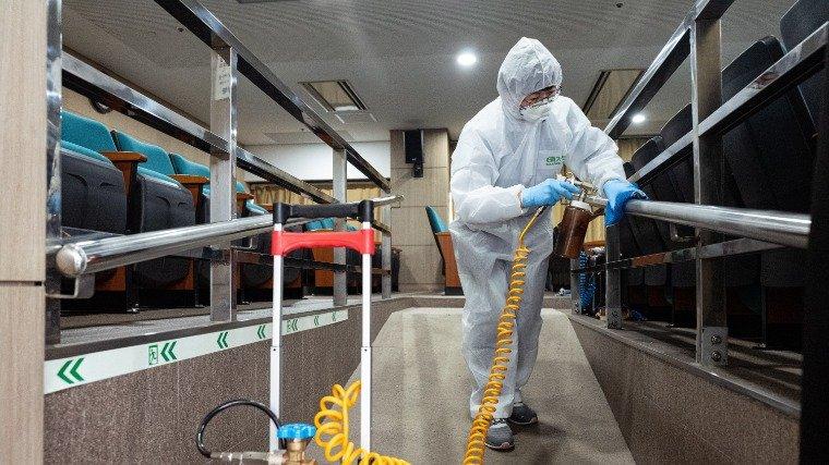 Több mint 244 ezer a koronavírus-fertőzöttek száma a világon