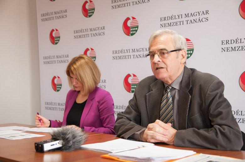 Lemondásra szólította fel Klaus Johannis államfőt az Erdélyi Magyar Nemzeti Tanács