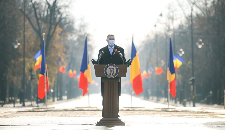 Iohannis az alkotmány napján: az alaptörvény módosítása nagy felelősséggel jár