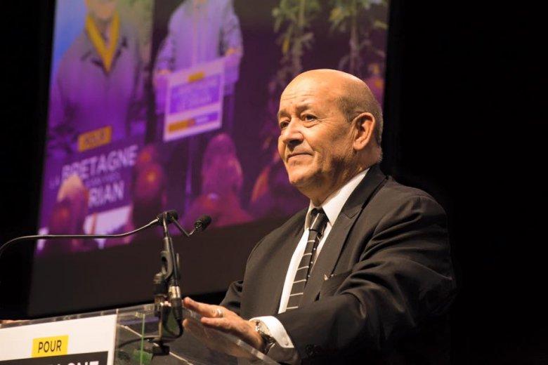 Jean-Yves Le Drian külügyminiszter szerint a franciák mindenhol veszélyben vannak
