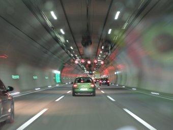 Az észak-erdélyi autópálya alagutat is tartalmazó szakaszára írtak ki versenytárgyalást