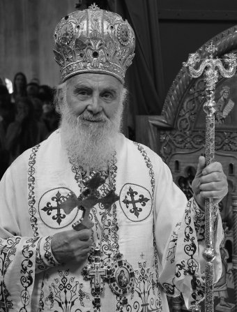 Belehalt a koronavírusba a szerb ortodox egyház feje is, miután részt vett a covidos montenegrói pátriárka temetésén