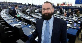 Elismerte Szájer József lemondott EP-képviselő, hogy részt vett a brüsszeli szexpartin