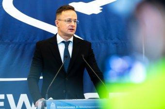 Szijjártó: állandó megfélemlítésben élnek a kárpátaljai magyarok