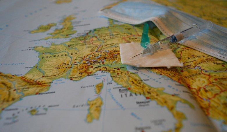 A WHO nem támogatja egyelőre a vakcinaútlevél megkövetelését az utazásokhoz