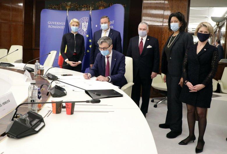 Létfontosságú amerikai támogatások – Aláírták a cernavodai atomerőmű bővítéséről szóló megállapodást