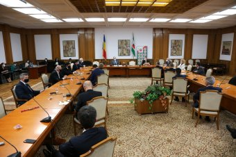 FRISSÍTVE – Kijelölte a kabinet leendő magyar tagjait az RMDSZ, kisebbségi fejezet is lesz a kormányprogramban
