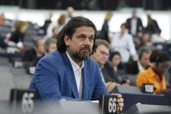 Deutsch Tamás bocsánatot kért kijelentései miatt az Európai Néppárt tagjaitól